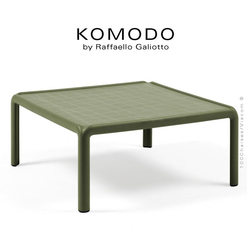 Table basse KOMODO, structure 4 pieds plastique, plateau carré plastique vert.