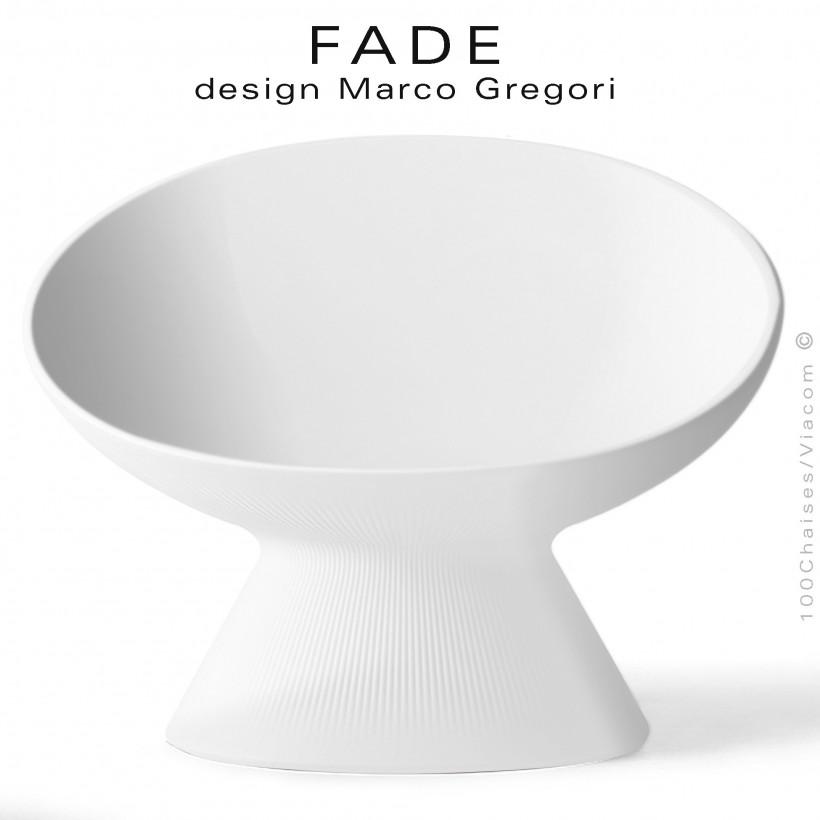 Fauteuil lumineux design lounge FADE, structure monobloc plastique blanc, pour terrasse en bord de mer ou à la montagne.