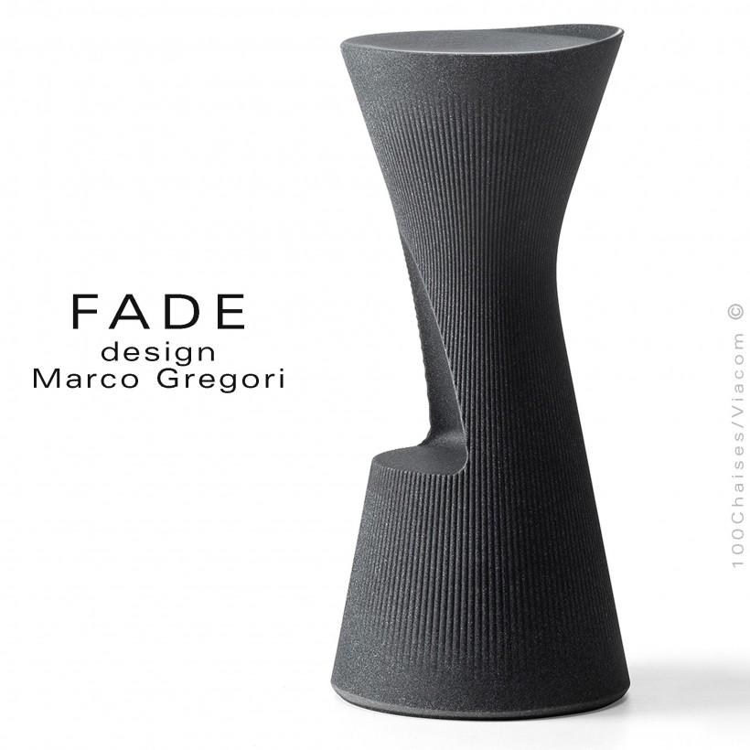 Tabouret design FADE, structure plastique avec repose pieds, couleur granite, pour terrasse en bord de mer ou à la montage.