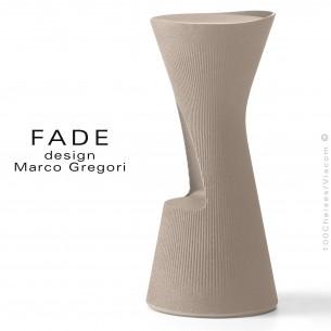 Tabouret design FADE, structure plastique avec repose pieds, couleur pierre, pour terrasse bord de mer ou montage.