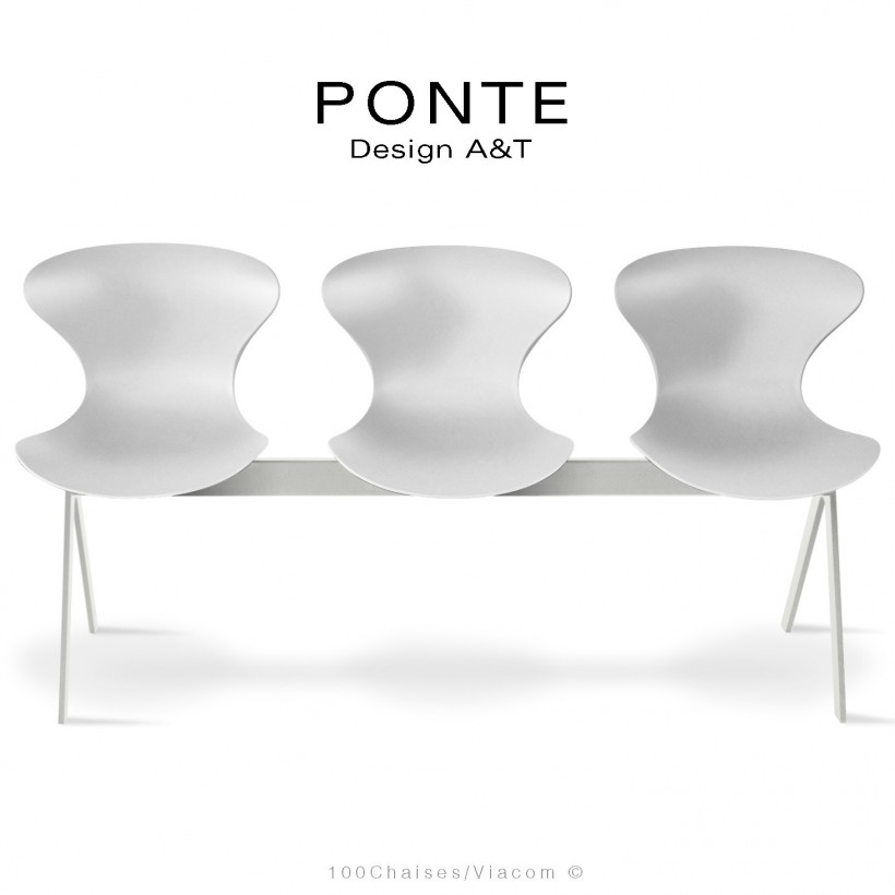 Banc PONTE 3 places, piétement acier peint blanc de sécurité, coque plastique couleur blanc.