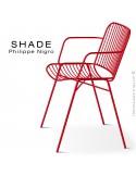 Fauteuil SHADE, structure 4 pieds en tube, assise et dossier en tige d'acier finition rouge corail.