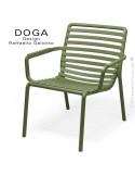 Fauteuil lounge design DOGA relax, structure et assise plastique monobloc couleur vert agave.