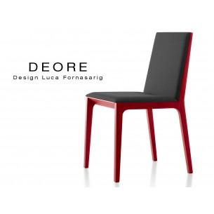 DEORE chaise design bois finition peinture rouge, assise capitonnée noir.