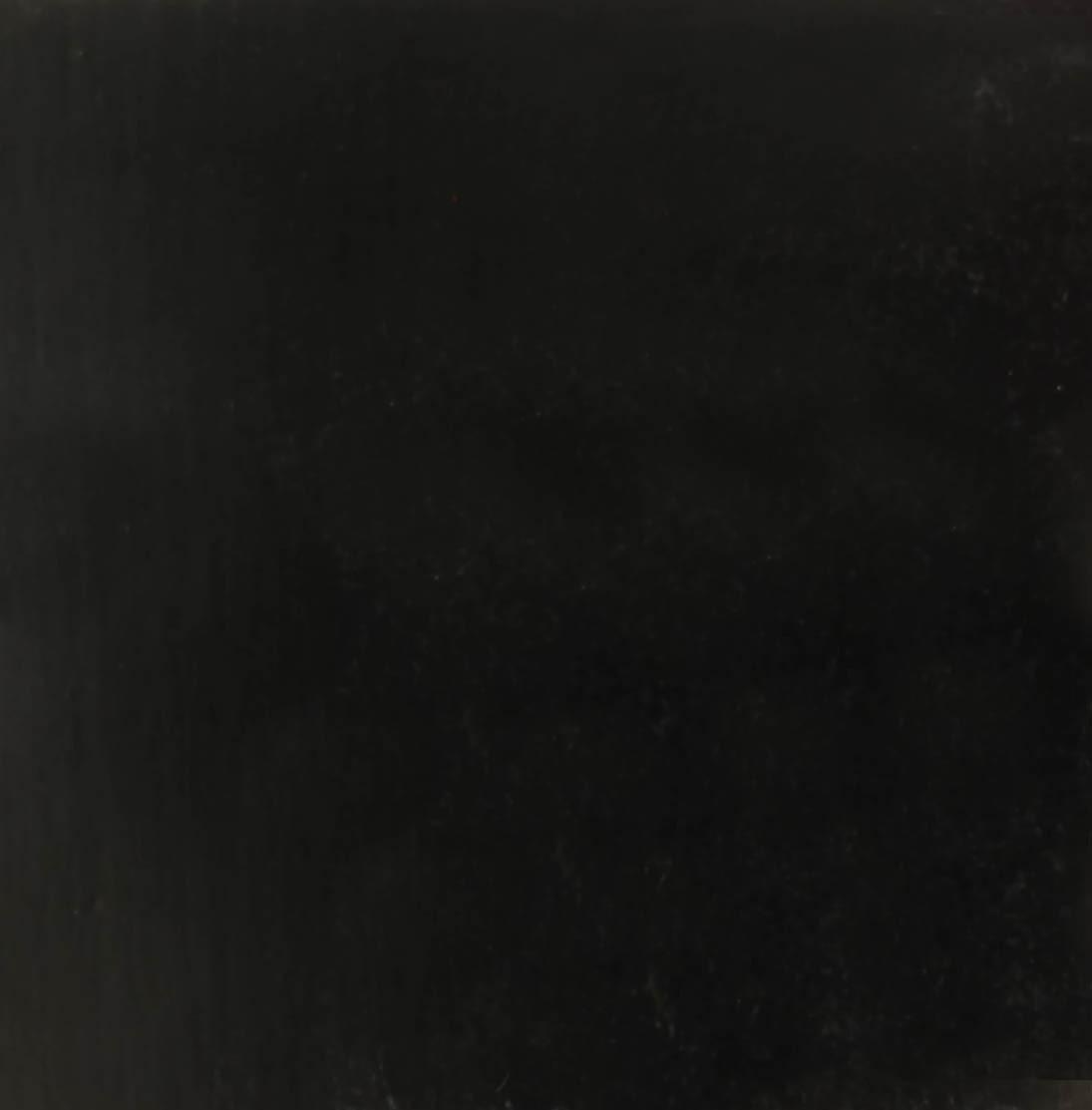 Noir-085