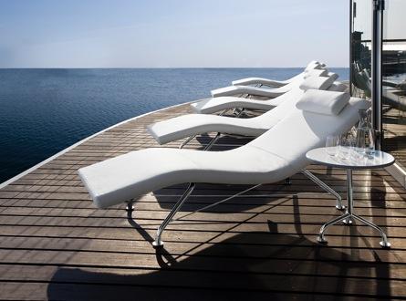 100chaises: fournisseur de mobilier design haut de gamme