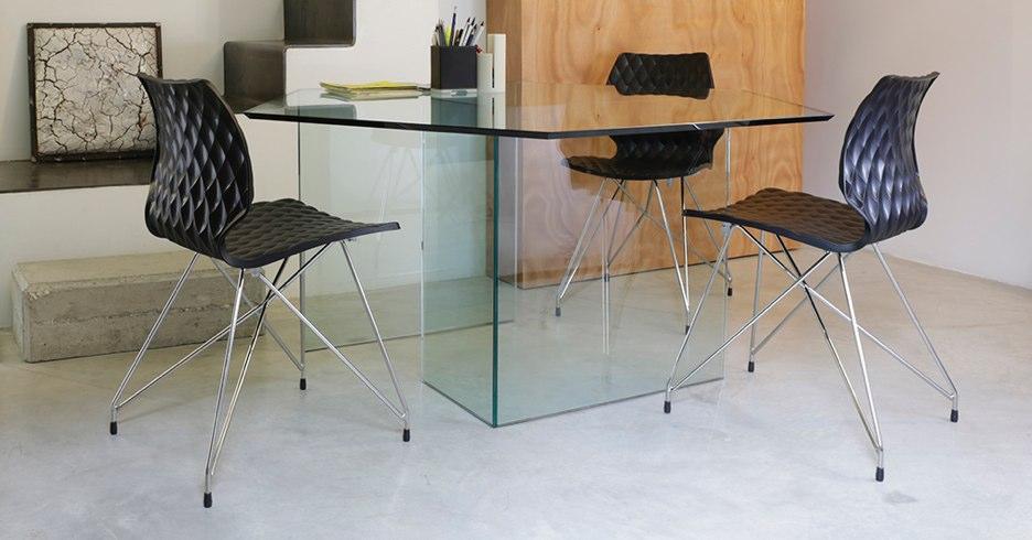 Du mobilier en verre design pour les professionnels!du mobilier design en tissu pour les professionnels!
