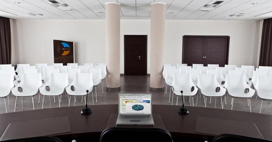 Mobilier professionnel design`salles d'attente, bureaux, salles de réunion etc.